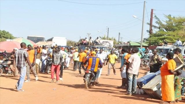 Photo meeting MPP à Ouaga