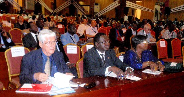 Des participants à l'ouverture du forum AFRICALLIA