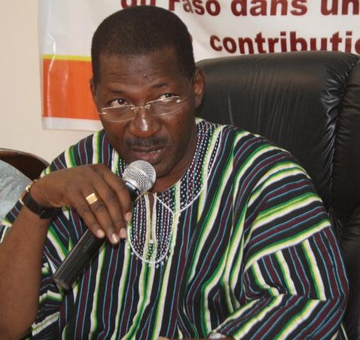 Alassane Sakandé, président du groupe parlementaire MPP, lors de son intervention