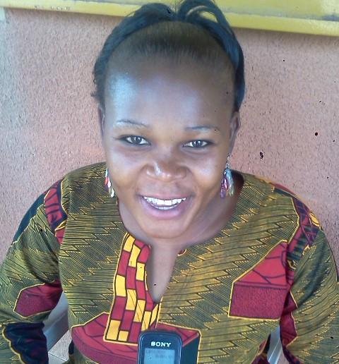 Nathalie Thiombiano : Je lui offrirai des fleurs avec un petit poème