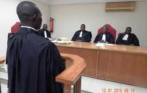 Les juges du Tribunal administratif doivent trancher conformément au Code électoral en vigueur
