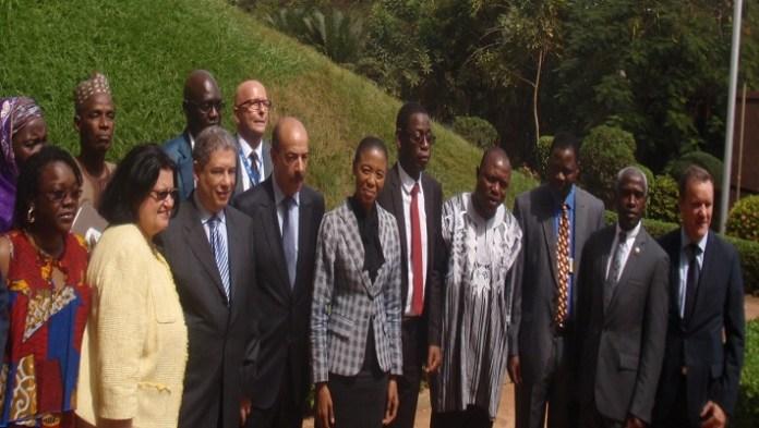 Les officiels à l'issue de l'ouverture de l'atelier préparatoire de la COP22