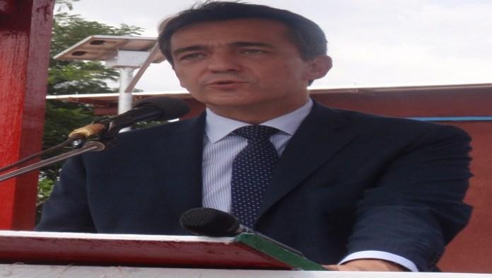 L'ambassadeur Xavier De Cabannes au lancement de Lagazel le 13 octobre 2016 à Dédougou