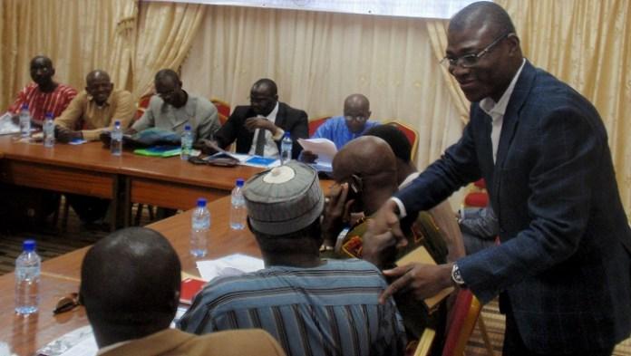 Pour le DG d'Eau Vive Internationale, Jean Bosco Bazié (souhaitant ici la bienvenue aux élus maliens), la présente formation est une aubaine pour outiller les participants