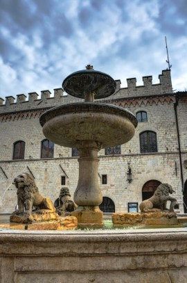 Piazza del Comune, Assisi, Italy