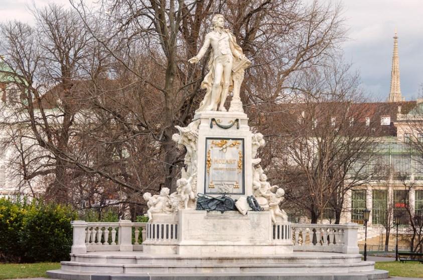 Mozart monument, Vienna