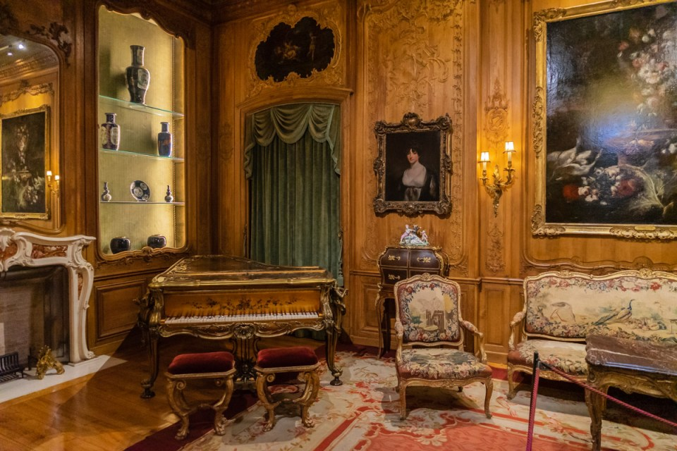 Casa-Museu Medeiros e Almeida, Lisbon