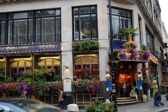 A restaurant, London