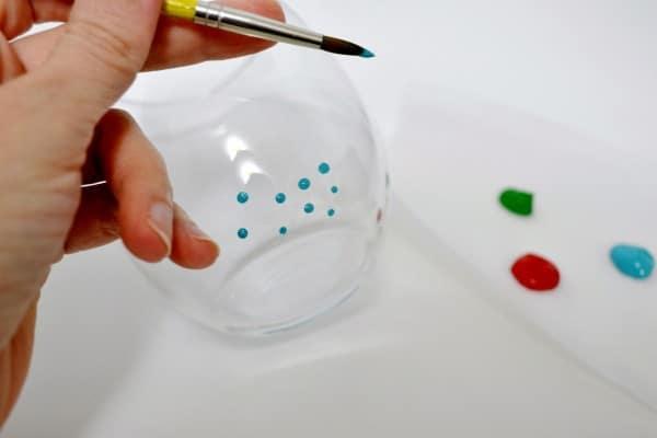 dot glassware diy