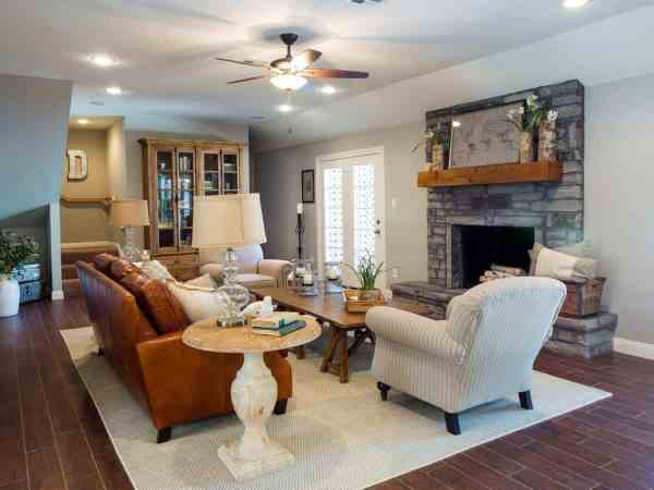 Joanna Gaines Fixer Upper Living Rooms