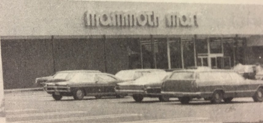 Mammoth Mart, Burlington MA