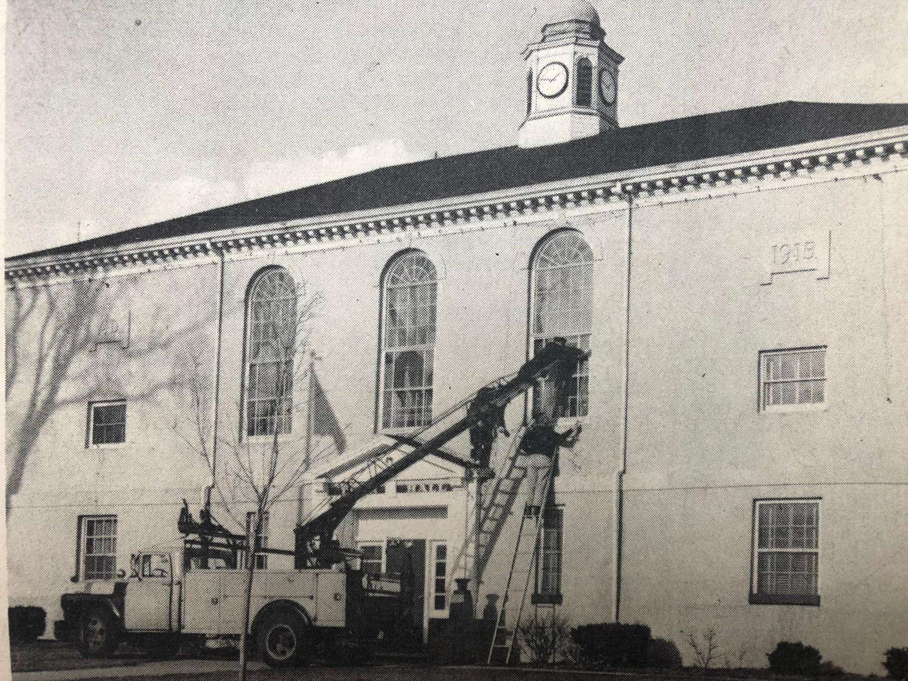 Burlington Town Hall, 1915-1969