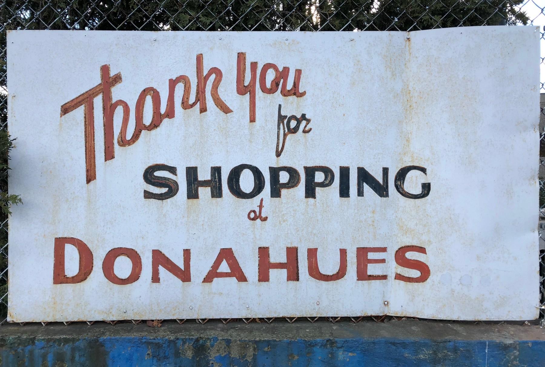 Donahue's sign, color, Burlington MA