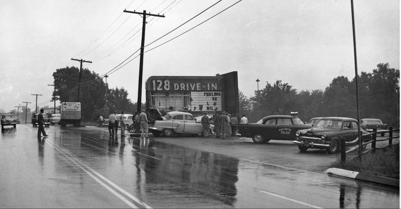 128 Drive-in entrance, Burlington, MA 1956