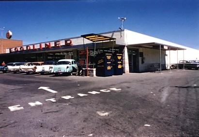 IGA Foodliner exterior Burlington MA 1962