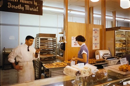 IGA Foodliner bakery Burlington MA 1962