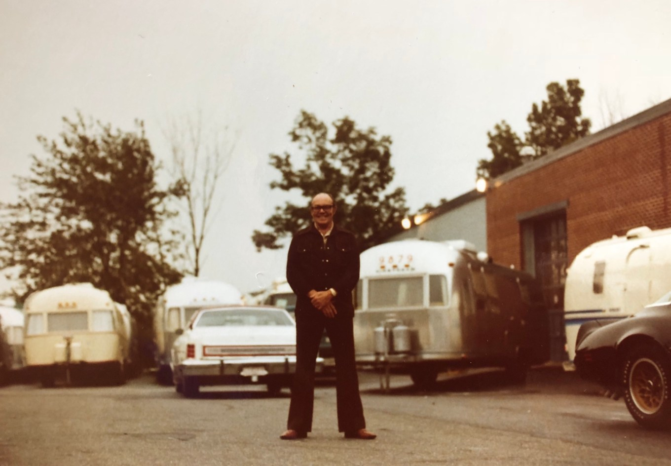 Harry Donahue with trailers