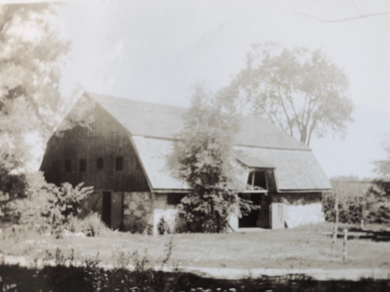 Kent Cottage barn, Burlington MA