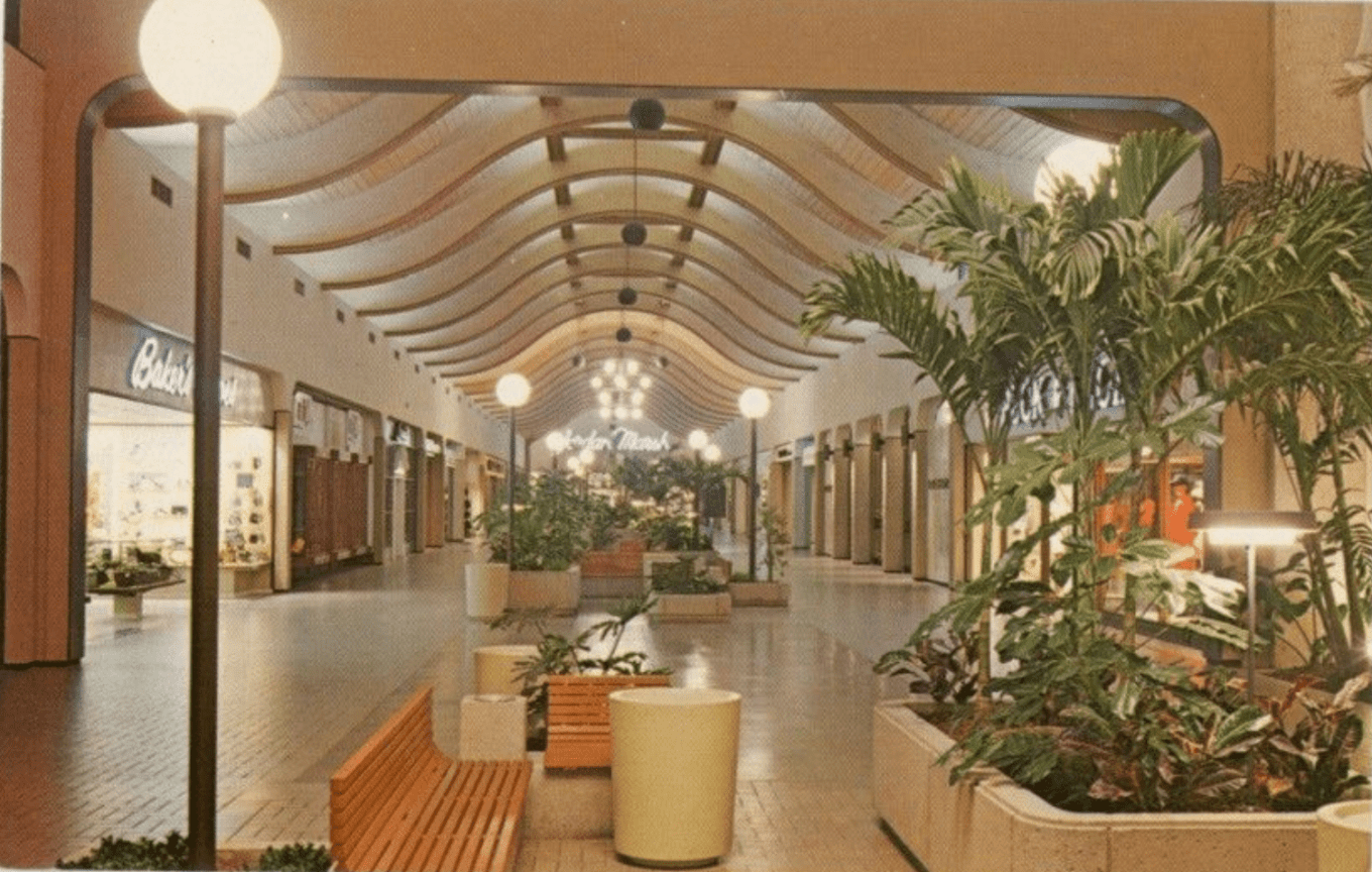 Burlington Mall, 1970, Burlington, mA