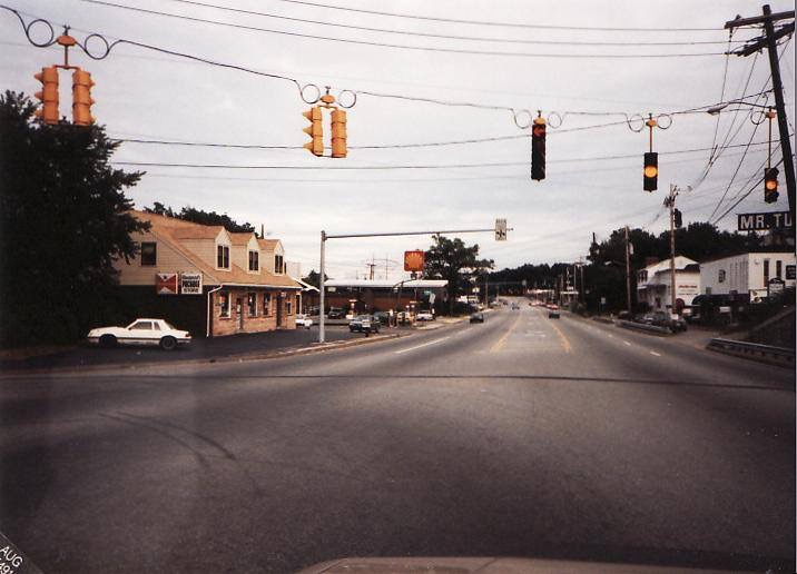 Woodward house on the left, Middlesex Turnpike, Burlington MA c. 1985