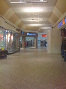 Woburn Mall 2001 -4