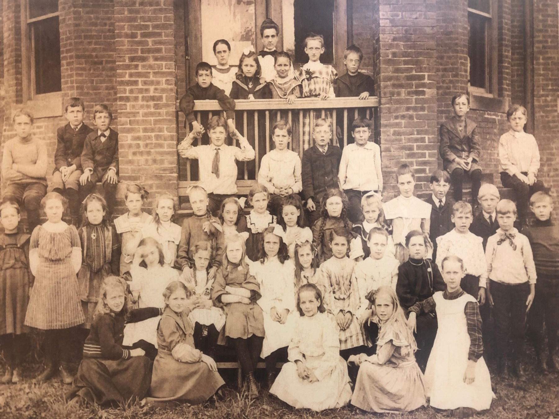 Wyman School group, 1895