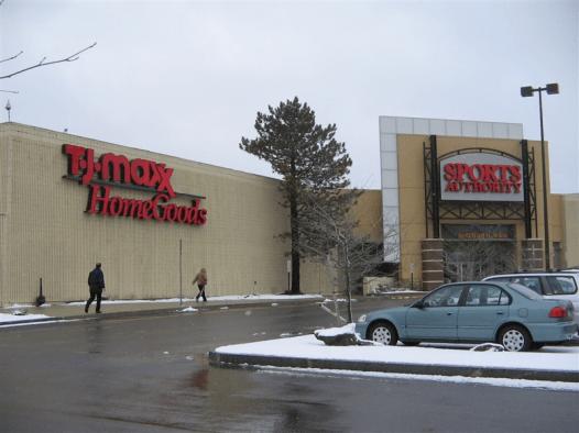 Woburn Mall 2001 -11