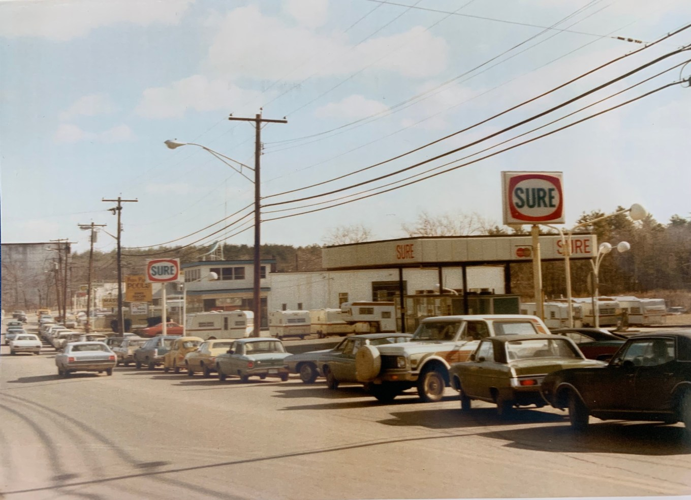 Gas line Pinehurst, Billerica 1973. Photo credit: Jeff Benrimo