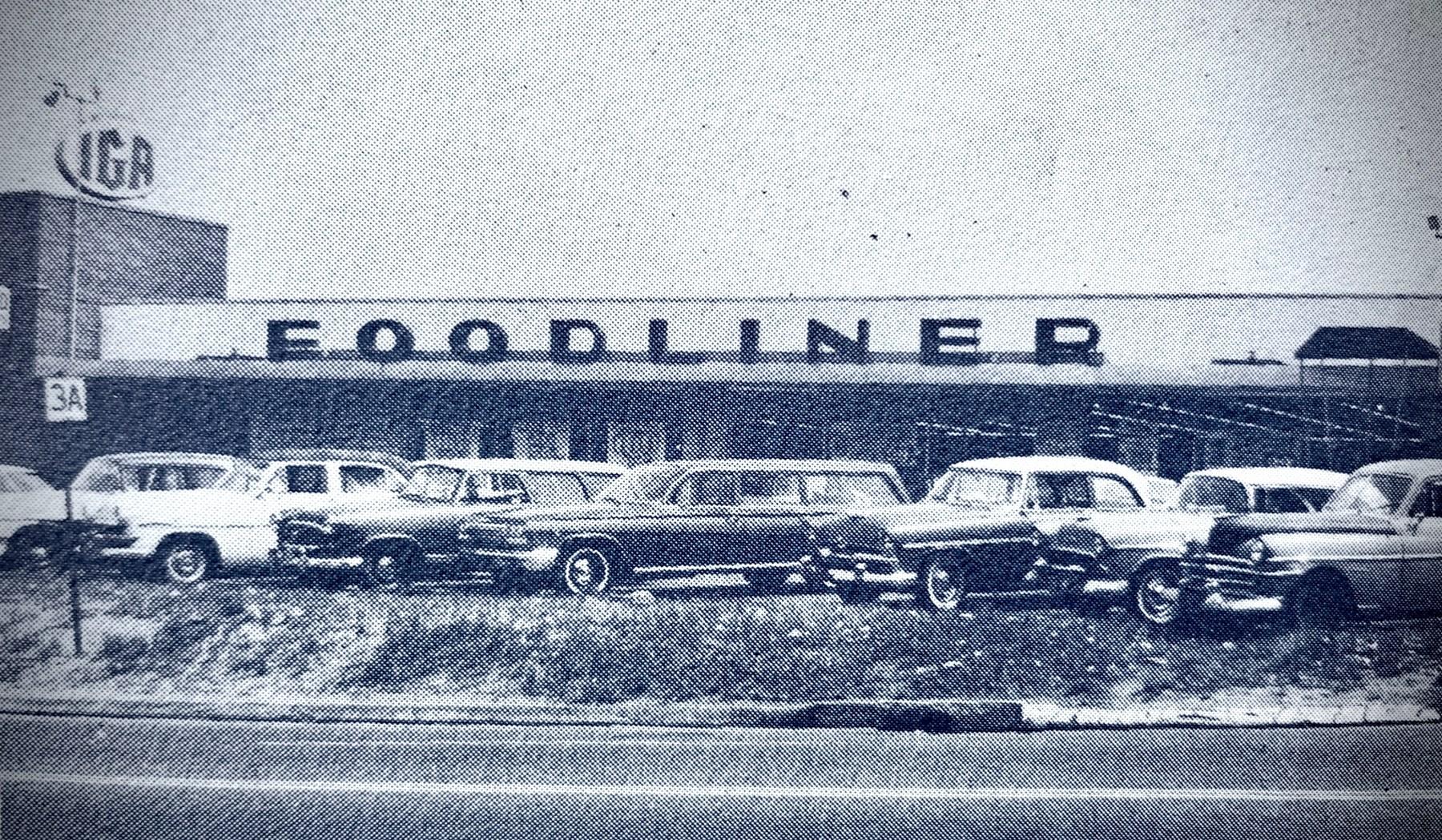 IGA Foodliner mid 1960s Burlington MA