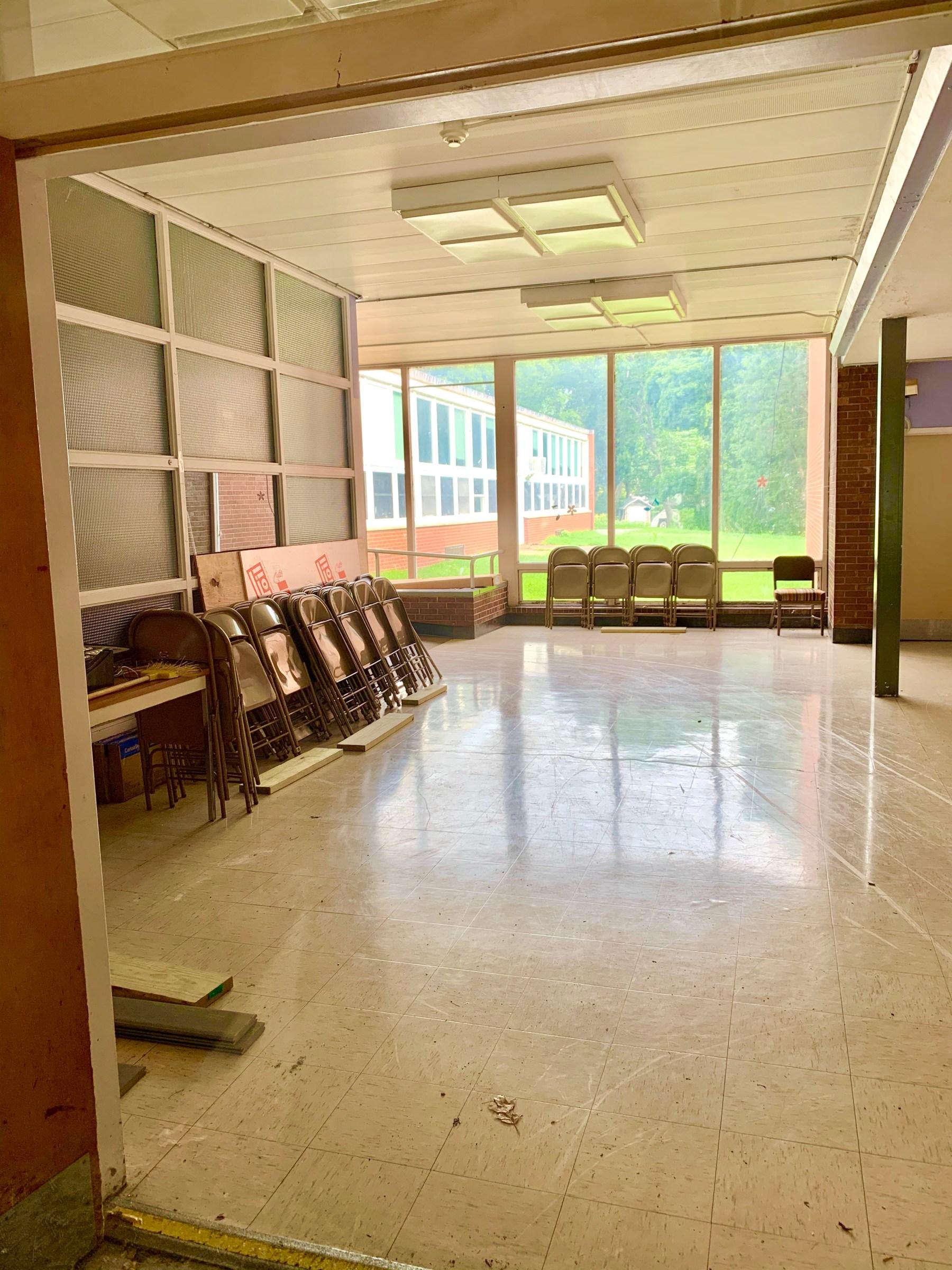 Daniel P. Hurld Elementary School 7 Woburn MA