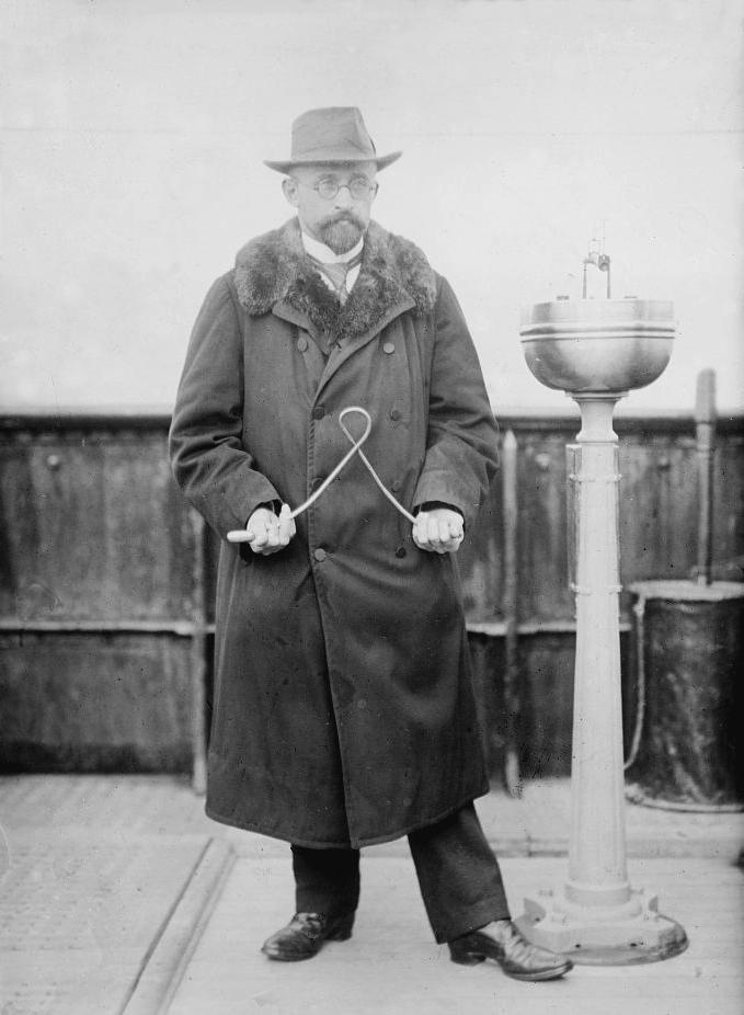 Dowser Otto Edler von Graeve in 1913