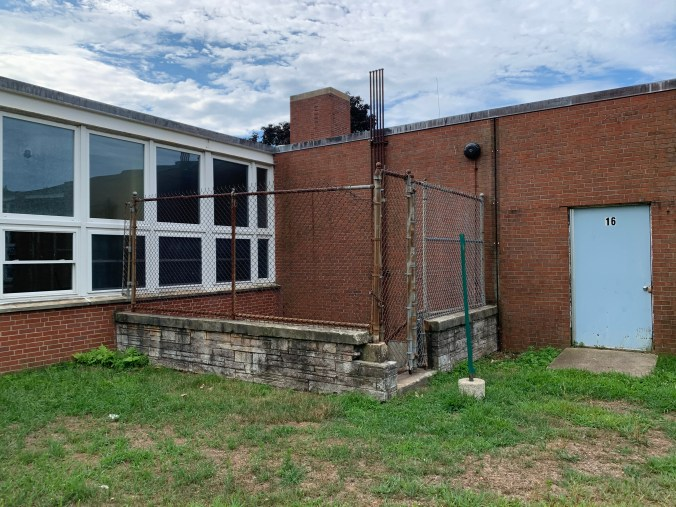 Daniel P. Hurld Elementary School 8 Woburn MA