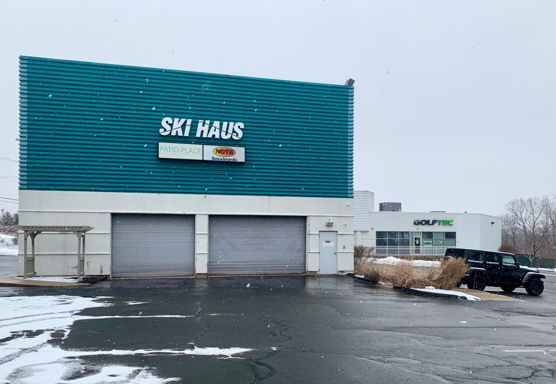 Ski Haus and GolfTec, 1 Wheeler Road, Burlington, MA