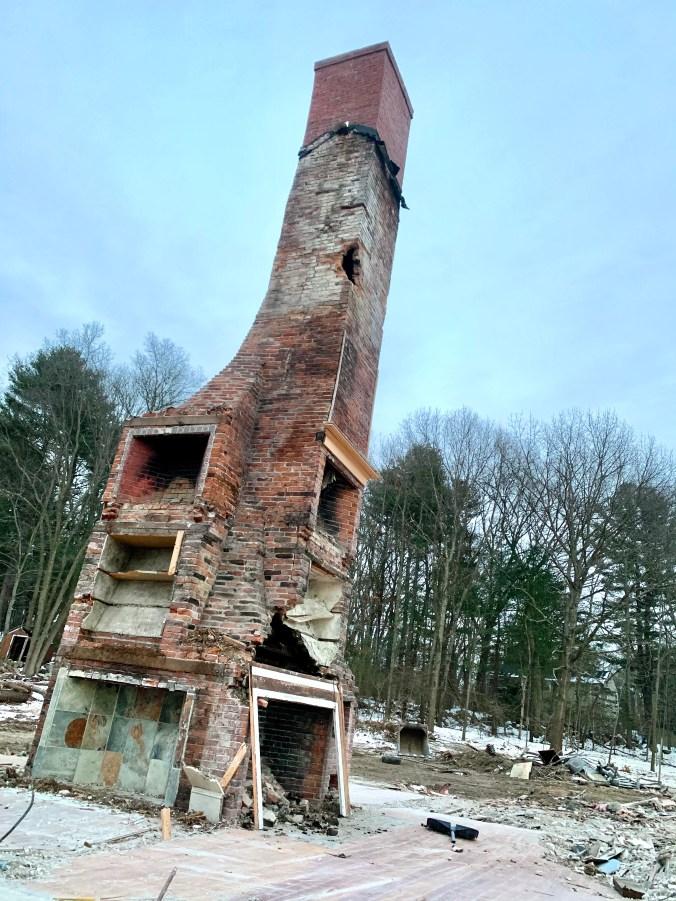 121 Lexington Street Burlington MA chimney
