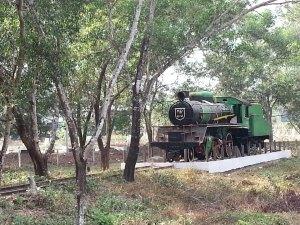 """လက်ရှိပြတိုက်တွင် ထားရှိသောမြန်မာ့မီးရထားစက်ခေါင်း """"မမ""""(မင်းလတ် Facebook)"""