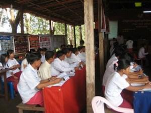 မွန်လူငယ်နှီးနှောဖလှယ်ပွဲဓါတ်ပုံ(Internet)