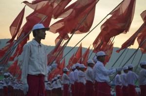 မျိုးဆက်သစ်မွန်လူငယ်များ(internet)