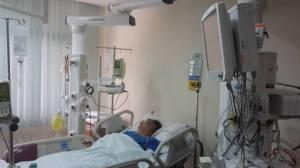 နိုင်သက်လွင် စင်္ကာပူနိုင်ငံ Mount elizabeth singapore hosiptal ဆေးရုံတွင် ဆေးကုသခံယူနေပုံ(photo: Mi Konhtaw)