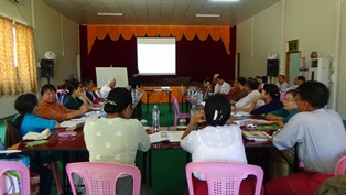 မွန်စာသင်ရိုးညွှန်းတမ်း ရေးဆွဲရေး ဆွေးနွေးနေစဉ်