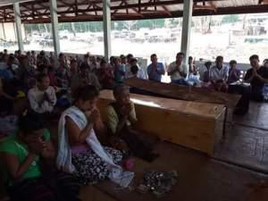 အသတ်ခံရသူ ရွာသား ၂ ဦး အသုဘချမြင်ကွင်း(Mi Hong SA)