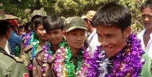 မွန်ချမ်းဓါးပြအဖွဲ့ တပ်မတော်ထံ အလင်းဝင်မှတ်တမ်းပုံ(Aung Naing Win)