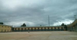 ရေးမြို့ အဏ္ဏဝါအဝေးပြေးကားဝင်း အတွင်းပိုင်းမြင်ကွင်း(MNA)