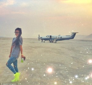 P.Diddy's girlfriend Cassie poses in front of the couple's Pilatus PC-12, a sweet ride to the Playa