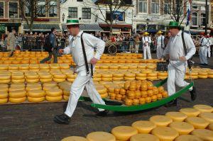 dutch_cheese_market