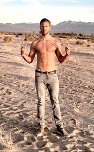 Scotsman Calvin Harris seems quite at home in the desert