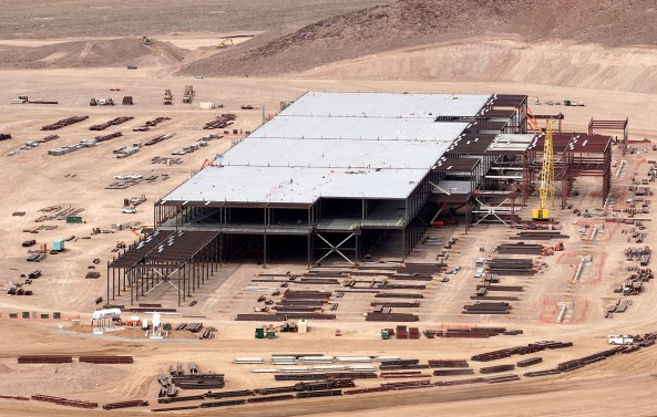 Tesla Gigafactory, Feb 2015. Image: Movilidaelectrica, Flickr