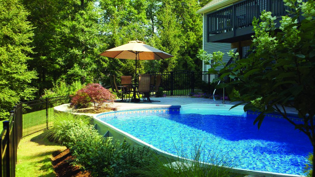Radiant Pools  Burnett Pools Spas  Hot Tubs  Cortland OH