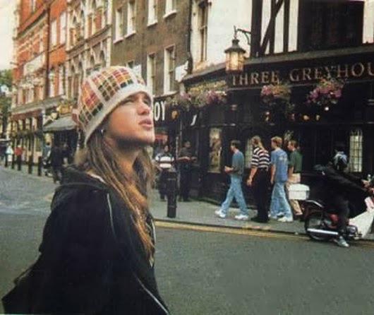 Shannon Hoon in London