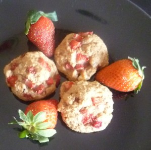 White Chocolate Strawberry Cookies with Coconut Sugar