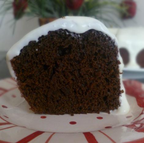 naturally dyed red velvet cake
